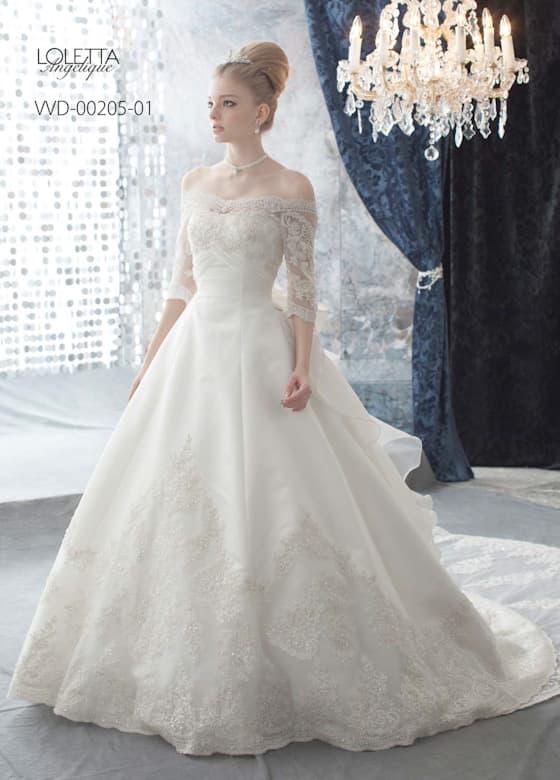 長袖のウェディングドレス